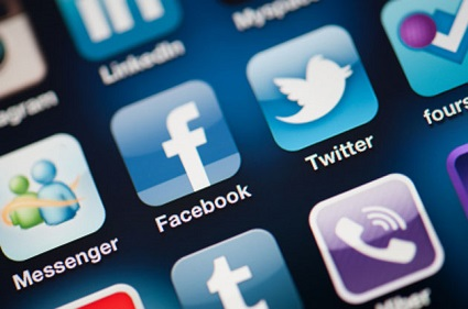 The Social Media Risk: Less Privacy, More Scams